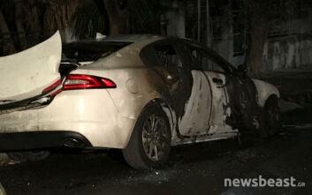 Έκρηξη σε αυτοκίνητο εκδότη στην Αγία Βαρβάρα: Οι πρώτες εικόνες από το σημείο