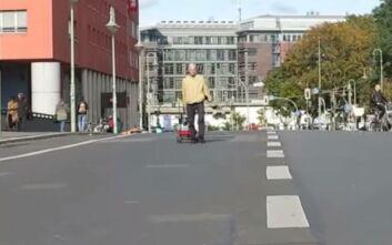 Γερμανός ξεγέλασε την Google Maps κάνοντας άδειους δρόμους να δείχνουν «πνιγμένοι» στην κίνηση