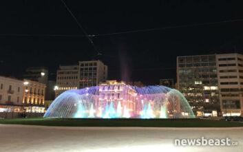 Άνοιξε η νέα πλατεία Ομονοίας με το εντυπωσιακό συντριβάνι