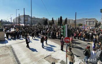 Απεργιακές κινητοποιήσεις και κλειστοί δρόμοι στο κέντρο της Αθήνας - Δείτε φωτογραφίες