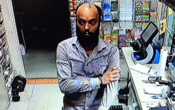 Υπάλληλος στις ΗΠΑ κατηγορείται πως έκλεψε 17.000 δολάρια στην πρώτη του βάρδια στη δουλειά