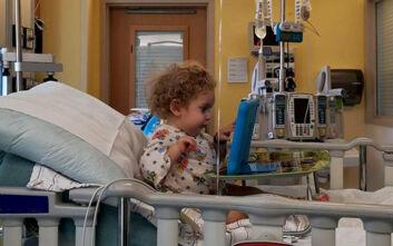 Στο νοσοκομείο ο μικρούλης Παναγιώτης -Ραφαήλ: Ίωση τον «χτύπησε» στο αναπνευστικό
