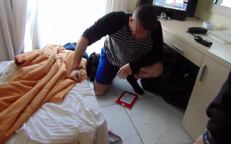 Εισβολή στο ξενοδοχείο των ΜΑΤ στη Χίο: Μία σύλληψη, ένας αναζητείται, 11 προσαγωγές