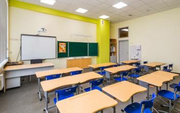 Μαθητής επιτέθηκε με γροθιές σε καθηγήτρια που του τράβηξε την καρέκλα
