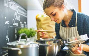 Τα 8 πράγματα που κάθε αρχάριος στην κουζίνα πρέπει να ξέρει