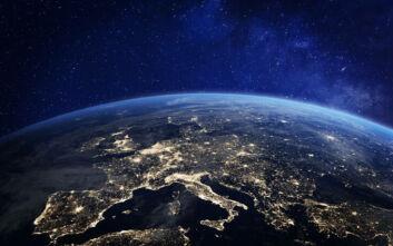 Ρωσία: «Μη αναστρέψιμο πλήγμα» για την ασφάλεια η χρήση από τις ΗΠΑ όπλων στο Διάστημα