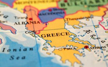 Πόσοι Έλληνες πιστεύουν ότι εδάφη γειτονικών χωρών τους ανήκουν, τι ισχύει με τους Τουρκους