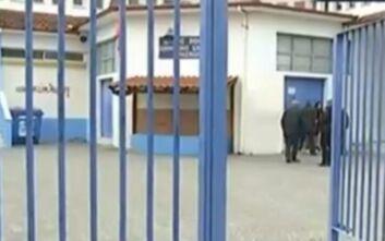 Θεσσαλονίκη: Γονείς στα Βρασνά δεν στέλνουν τα παιδιά τους στο σχολείο λόγω προσφυγόπουλων