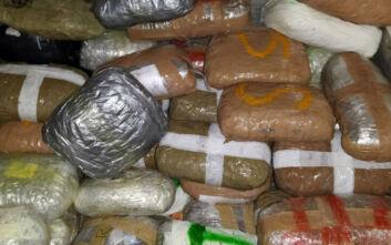 Θεσπρωτία: Είχαν κρύψει κάνναβη αξίας 5.000 ευρώ στο σασί και στα καθίσματα φορτηγού