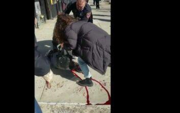 Πήγε να γιορτάσει τον Άγιο Βαλεντίνο με την κοπέλα του και τον μαχαίρωσαν στη μέση του δρόμου