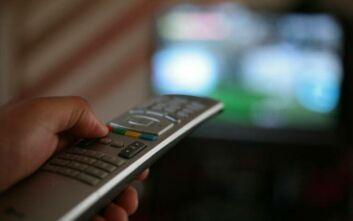 Πώς διαμορφώνεται σήμερα το πρόγραμμα της τηλεόρασης λόγω κορονοϊού