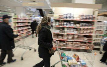 Κορονοϊός στην Ελλάδα: Η λίστα με τα μαγαζιά που είναι ανοικτά - Ποια θα μείνουν κλειστά - Πώς θα λειτουργούν τα σούπερ μάρκετ