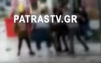 Ένταση και ξύλο μεταξύ καρναβαλιστών στην Πάτρα