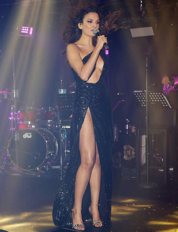 Ποια είναι η 26χρονη τραγουδίστρια που φέρεται να έχει κλέψει την καρδιά του Πέτρου Κωστόπουλου – Newsbeast 3