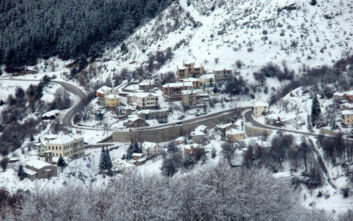 Χιόνι και βουτιά του υδράργυρου στη Φλώρινα