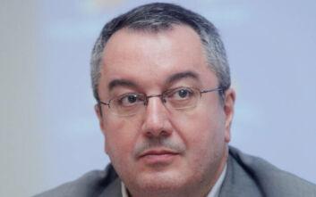 Μοσιαλος: «Όταν δημόσια πρόσωπα δεν αντιλαμβάνονται την ανάγκη εφαρμογής των μέτρων να μην έχουν την απαίτηση να το κάνουν οι πολίτες»