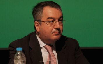 Βόμβα Μόσιαλου: «Τα κρούσματα στη χώρα μας μπορεί να είναι 1.500»