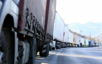 Ουρές χιλιομέτρων στον Προμαχώνα από τους ελέγχους των Βουλγαρικών αρχών λόγω κορoνοϊού