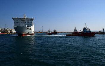 Κορονοϊός: Έλεγχος και ινχηλάτηση επαφών από τον ΕΟΔΥ στο πλοίο «Ελευθέριος Βενιζέλος»