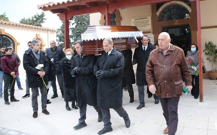 Το τελευταίο αντίο στον Φίλιππο Πετσάλνικο