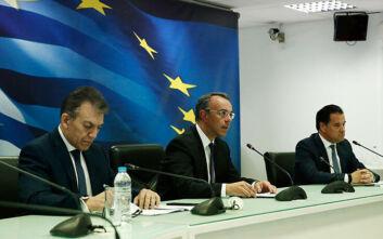 Κορονοϊός: Ανεπαρκή και ως «τρύπα στο νερό» χαρακτηρίζουν τα οικονομικά μέτρα ΚΚΕ και ΜέΡΑ 25