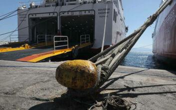 Κορονοϊός: Ποιοι εξαιρούνται από τον περιορισμό μετακινήσεων με πλοία και σκάφη
