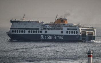 Κορονοϊός: Σε καραντίνα το «Blue Star Mykonos» στο λιμάνι της Λήμνου