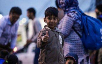 Πρωτοβουλία της Κομισιόν για 5.500 ασυνόδευτα προσφυγούπουλα από την Ελλάδα