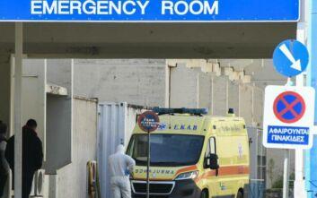 Στο νεκροτομείο παραμένει ο 67χρονος - Το πρώτο θύμα του κορονοϊού