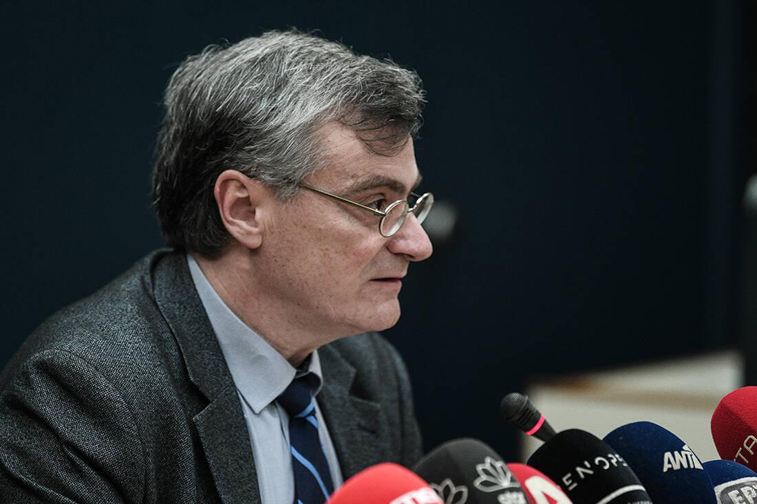 Σωτήρης Τσιόδρας: Ο επιστήμονας που από τα χείλη του κρέμεται η Ελλάδα- Από το Σίδνεϊ στην Κυψέλη- Ποιος είναι ο Λοιμωξιολόγος γιατρός των... 18:00