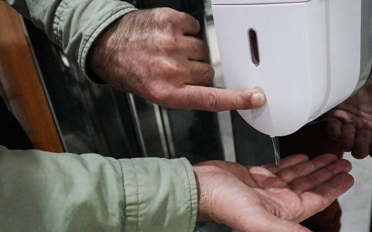 Αλβανία: Στρατός και αστυνομία στους δρόμους ως μέτρο προστασίας από τον κορoνοϊό