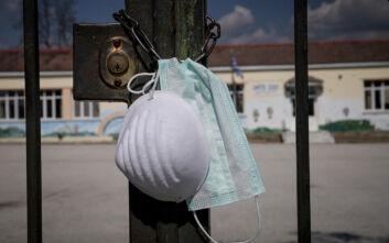 Λουκέτο όπου μπορεί κάποιος να καθίσει, εκτοξεύθηκαν σε μία μέρα τα κρούσματα κορονοϊού στην Ελλάδα