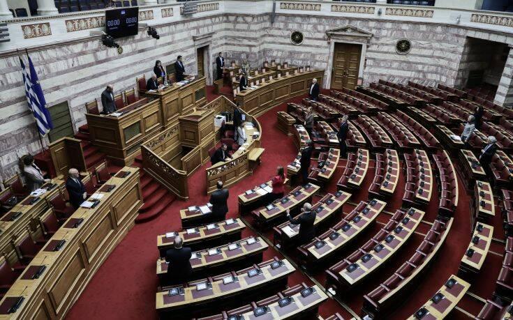 Εγκρίθηκαν από τη Βουλή τα μέτρα για τον κορονοϊό