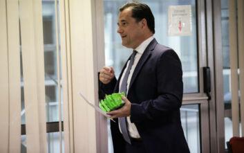 Γεωργιάδης: Απαγόρευση στην πώληση ειδών ένδυσης, υπόδησης και ηλεκτρικών ειδών από σούπερ μάρκετ