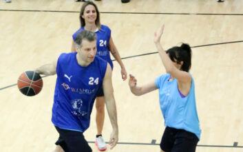 Αθλητές και celebrities σκοράρουν για καλό σκοπό στο PLAY 2 W.I.N.