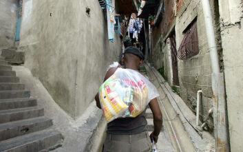 Κοινωνικό δράμα με τον κορονοϊό στη Βενεζουέλα: «Αν μείνουμε σε καραντίνα, θα πεθάνουμε από την πείνα»
