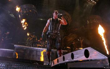 Αρνητικός στο τεστ για κορονοϊό ο τραγουδιστής των Rammstein, Τιλ Λίντεμαν