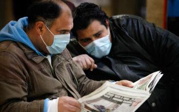 Πώς ο κορονοϊός πλήττει την πληροφόρηση διεθνώς