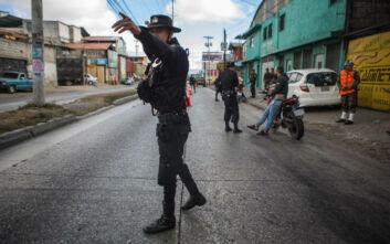 Υπέκυψε στα τραύματά του ο δημοσιογράφος στη Γουατεμάλα που είχε δεχθεί πυρά