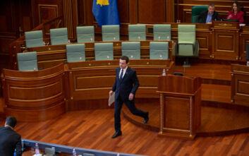 Ο κορονοϊός «έριξε» την κυβέρνηση στο Κόσοβο