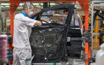 Κορονοϊός: Ξεκινά η παραγωγή στα εργοστάσια αυτοκινήτων στην Κίνα