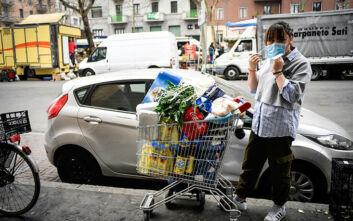 Ο κορονοϊός εκτόξευσε στο 80% τις πωλήσεις αλευριού στην Ιταλία
