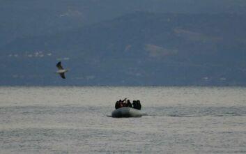 Ένα νεκρό παιδί στη Λέσβο - Συνοδεία τουρκικής ακταιωρού βυθίστηκε βάρκα με πρόσφυγες