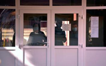 Κορονοϊός: 25 νεκροί στη Βοσνία – Απαγόρευση κυκλοφορίας στο Μαυροβούνιο