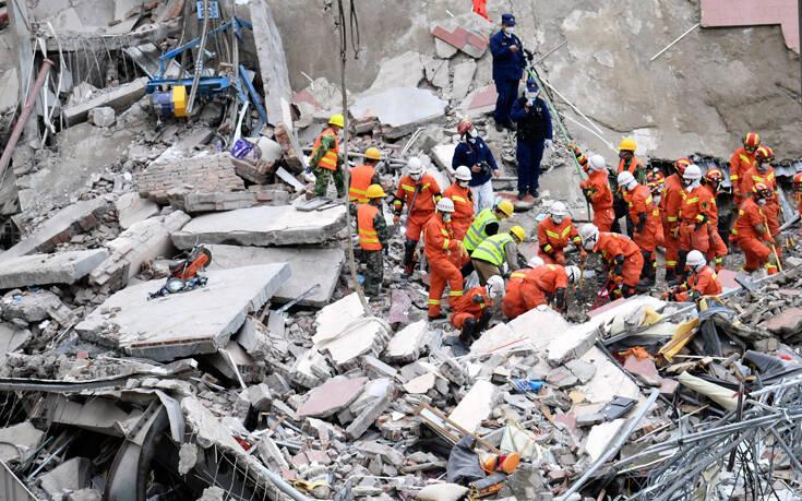 Στους 29 οι νεκροί από την κατάρρευση του ξενοδοχείου στην Κίνα