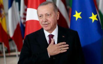 Ερντογάν για προσφυγικό: Παράλογο να κατηγορεί η Ελλάδα την Τουρκία