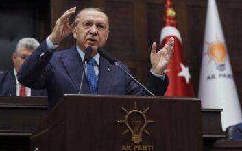 Ο κορονοϊός τρόμαξε τον Ερντογάν: Εμφανίστηκε με τη δική του θερμική κάμερα