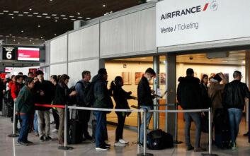 Κορονοϊός στη Γαλλία: Και εθνικοποιήσεις «στο τραπέζι» για να σωθούν οι επιχειρήσεις