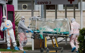 Κορονοϊός στην Ιταλία: «Σε μια εβδομάδα τσάκισα τα χέρια μου» περιγράφει νοσηλεύτρια στη Φλωρεντία