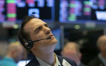 Διεθνείς αγορές και κορονοϊός: Βυθίζονται και πάλι τα ευρωπαϊκά χρηματιστήρια - Βουτιά για τη Wall Street